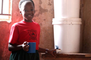 Sauberes Trinkwasser für Uganda: Beoplast kompensiert mittels myclimate-Zertifikaten klimaschädliche Gase.