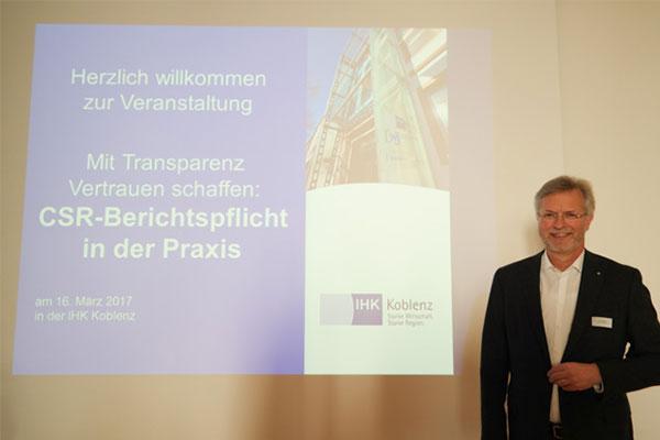"""""""Nachhaltigkeit macht Spaß!"""" Theo Besgen bei der IHK Koblenz."""